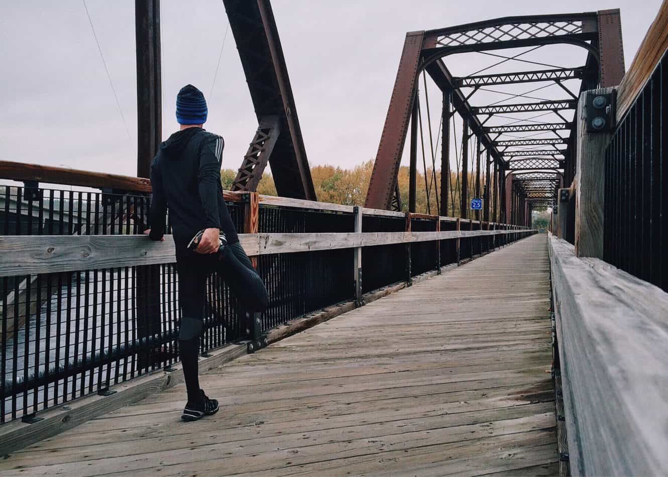 Stretching can help you overcome running fatigue.